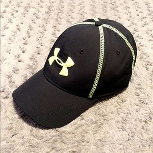 New! Mens Under Armour stretch hat paid $28 Neon
